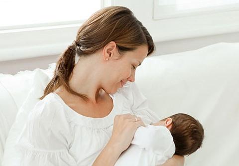 Mẹ bị tắc tia sữa sẽ ảnh hưởng đến sức khỏe thai nhi