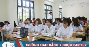 Cánh cửa việc làm luôn rộng mở với sinh viên ngành Dược