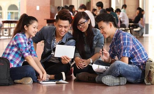 Sinh viên được thoải mái trong lựa chọn trang phục khi đi học