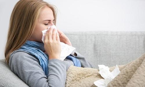Viêm mũi dị ứng làm chảy nước mũi hiệu quả