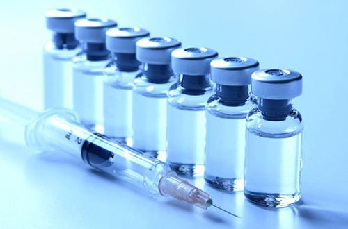 Các nhà khoa học đang nghiên cứu vaccin phòng chống ung thư