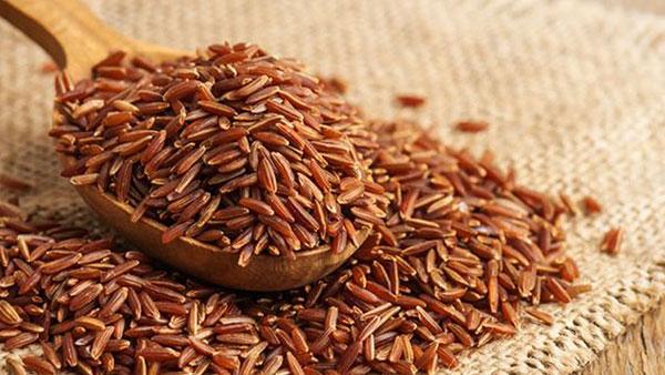 Tác dụng kiện tỳ vị, dưỡng huyết từ gạo lứt