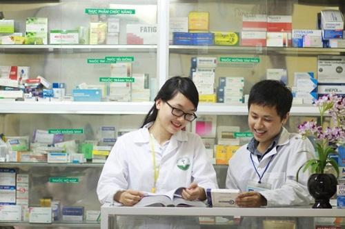 Cơ hội việc làm rộng mở khi học Văn bằng 2 Cao đẳng Dược