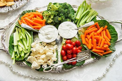 Rau củ quả là những thực phẩm người bị mụn nên ăn