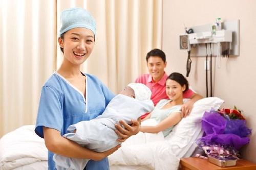 Cao đẳng Hộ sinh ngày càng có vai trò quan trọng trong ngành Y tế