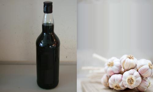 """Rượu rum và tỏi là nguyên liệu chính làm nên """"thần dược"""" này"""