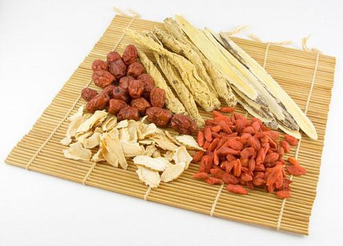 3 bài thuốc Đông y chữa thoái hóa đốt sống cổ hiệu quả