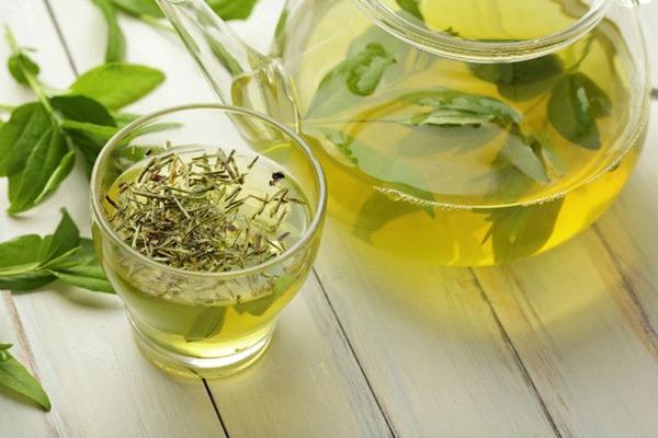 Việc sử dụng trà vừa đơn giản lại giúp mang đến hiệu quả cao